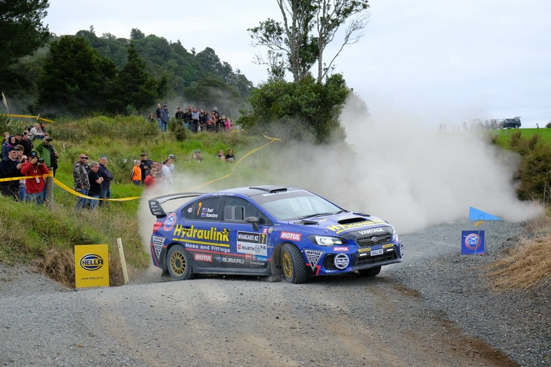 Paddon top as Hunt wins battle for second