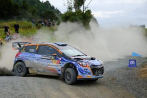 Paddon leaves rivals in his dust