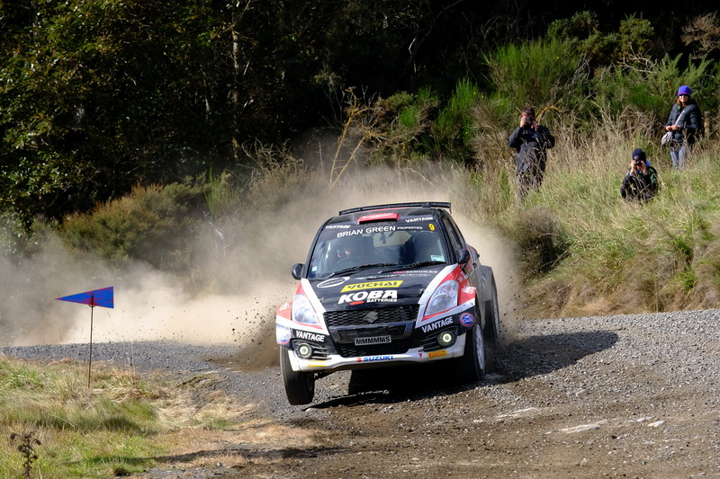 Gilmour relishing the tight stuff in battle for second